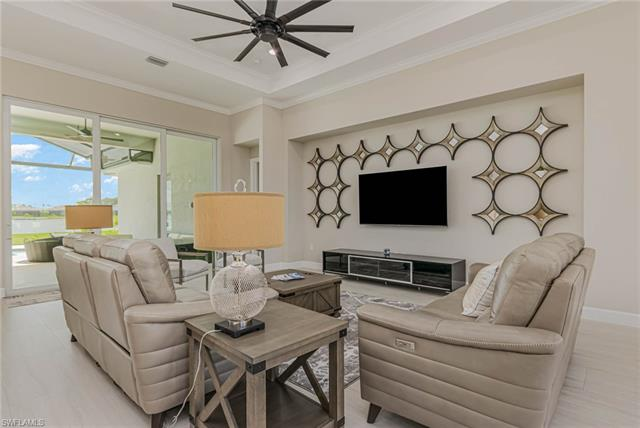18549 Wildblue Blvd, Fort Myers, FL 33913