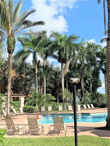 1235 Reserve Way 5-203, Naples, FL 34105
