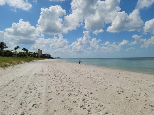 10525 Gulf Shore Dr 283, Naples, FL 34108