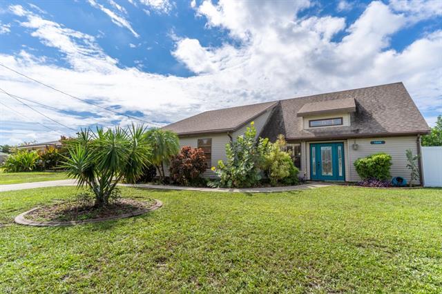 1824 10th St, Cape Coral, FL 33990