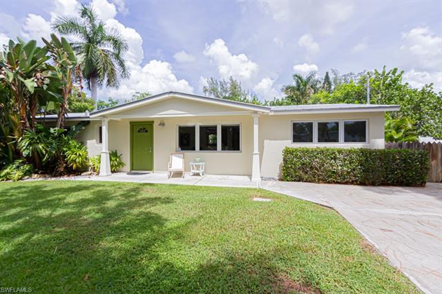 1075 Royal Palm Dr, Naples, FL 34103