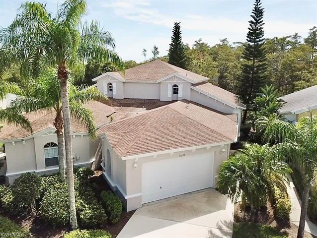 15099 Sterling Oaks Dr, Naples, FL 34110