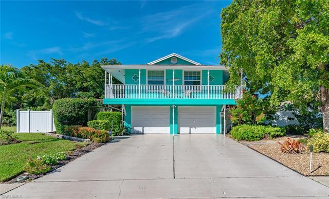 86 Tahiti Rd, Marco Island, FL 34145