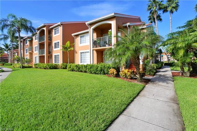 1275 Wildwood Lakes Blvd 2-105, Naples, FL 34104