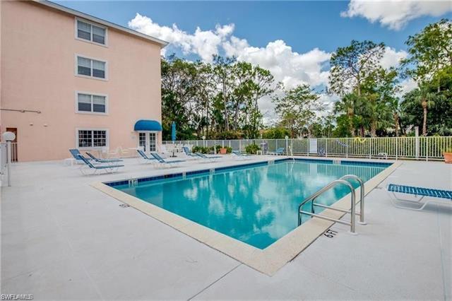 441 Quail Forest Blvd A204, Naples, FL 34105