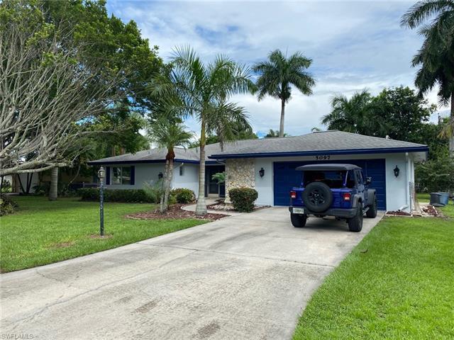 5097 Greenbriar Dr, Fort Myers, FL 33919