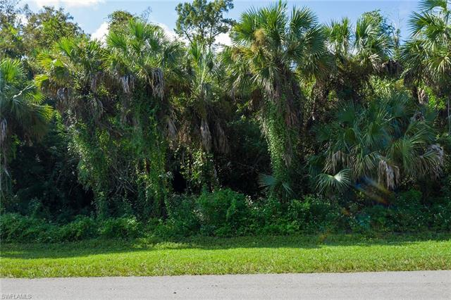 480 12th Ave Nw, Naples, FL 34120