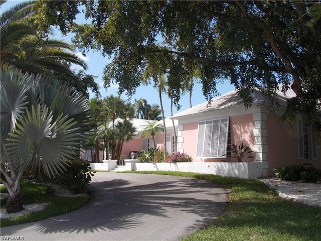 320 Gulf Shore Blvd S, Naples, FL 34102