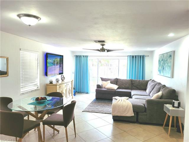 771 92nd Ave N, Naples, FL 34108