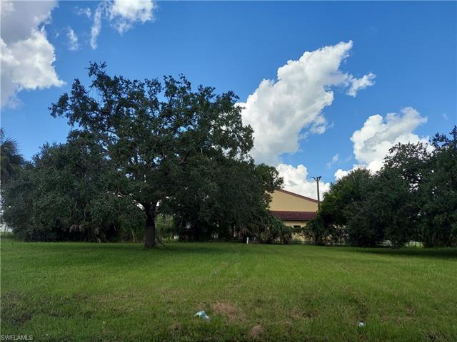 936 Zana Dr, Fort Myers, FL 33905