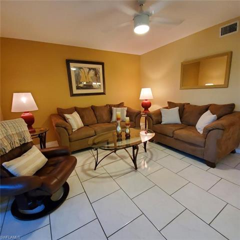 7320 Glenmoor Ln 2103, Naples, FL 34104