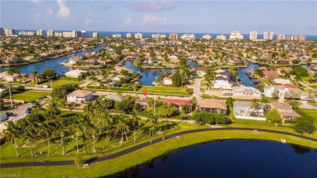 387 Heathwood Dr, Marco Island, FL 34145