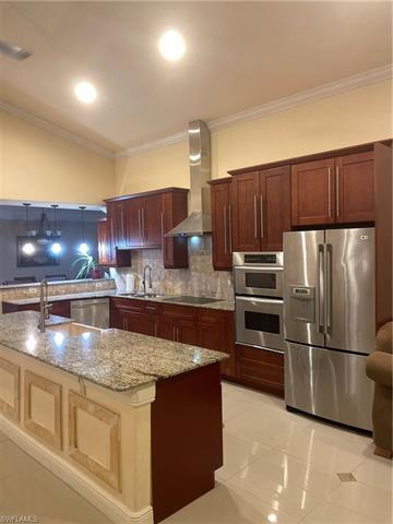 446 Mercedes Ct, Lehigh Acres, FL 33972