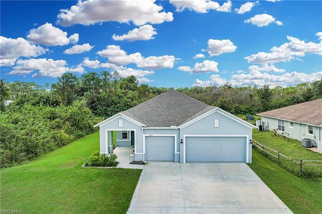 3853 Heyburn St, Fort Myers, FL 33905
