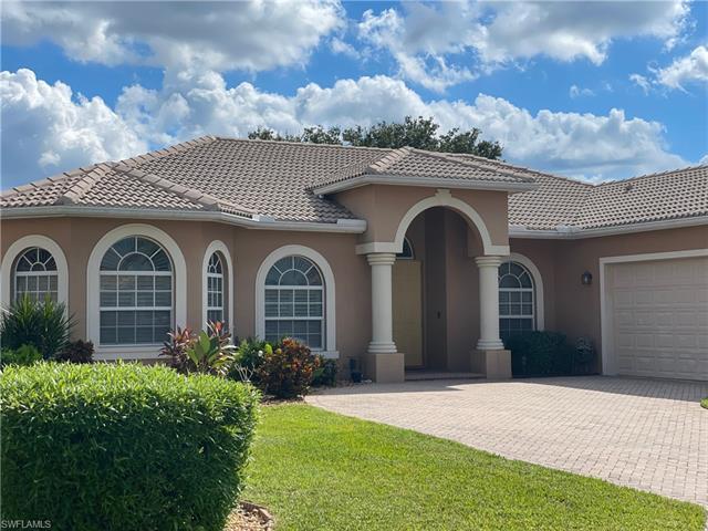 24965 Fairwinds Ln, Bonita Springs, FL 34135