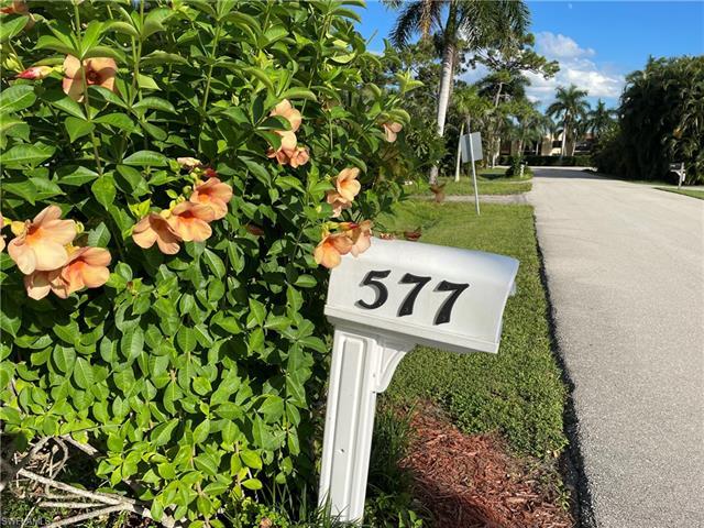 577 Val Mar Dr, Fort Myers, FL 33919