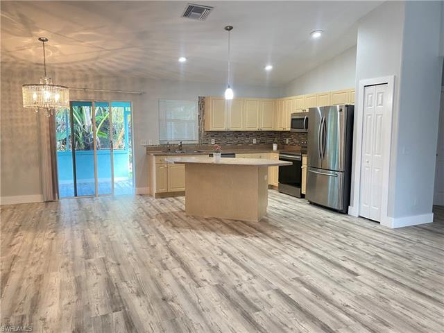 18363 Tulip Rd, Fort Myers, FL 33967