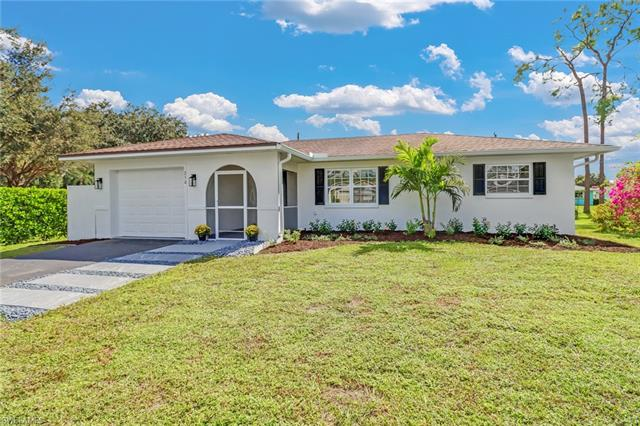 250 Willowick Dr, Naples, FL 34110