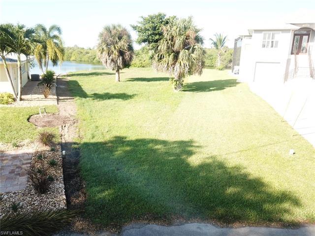 27177 Gasparilla Dr, Bonita Springs, FL 34135