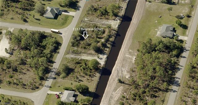 1117 Belgrave St, Fort Myers, FL 33913