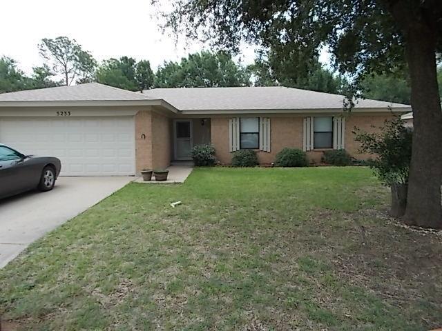 5233 Deerwood Lane, Abilene, TX 79606