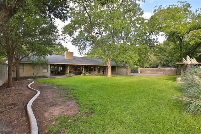 1517 Woodridge Drive, Abilene, TX 79605