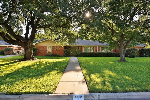 1418 Elmwood Dr., Abilene, TX 79605