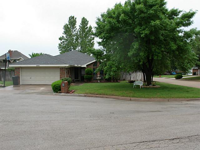 2910 Oak Ridge Court, Abilene, TX 79606