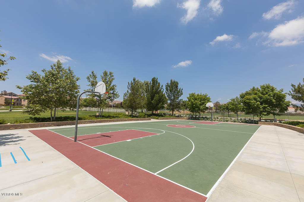 28822 Calle De La Paz Drive, Valencia, CA 91354