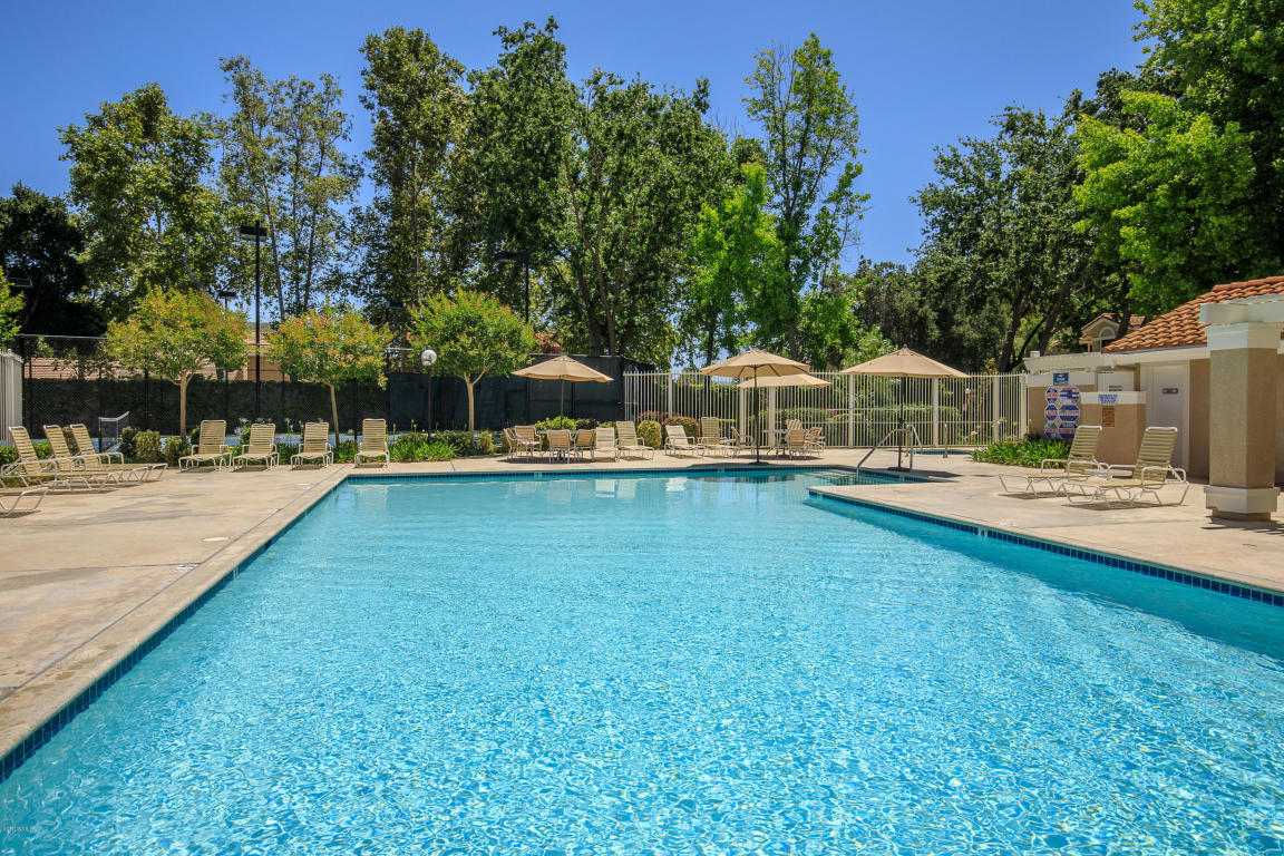 353 Scanno Drive, Oak Park, CA 91377