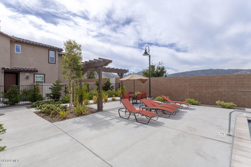2431 Birchknoll Court, Simi Valley, CA 93063