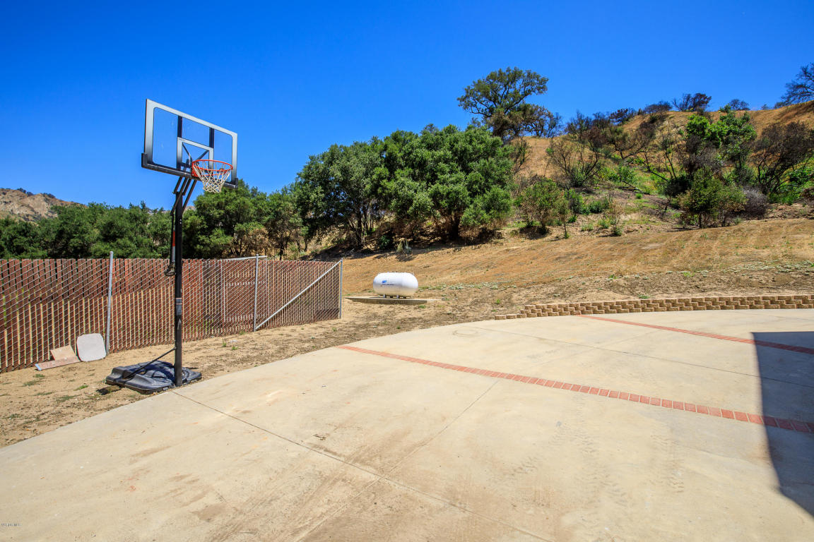7477 Wheeler Canyon Road, Santa Paula, CA 93060