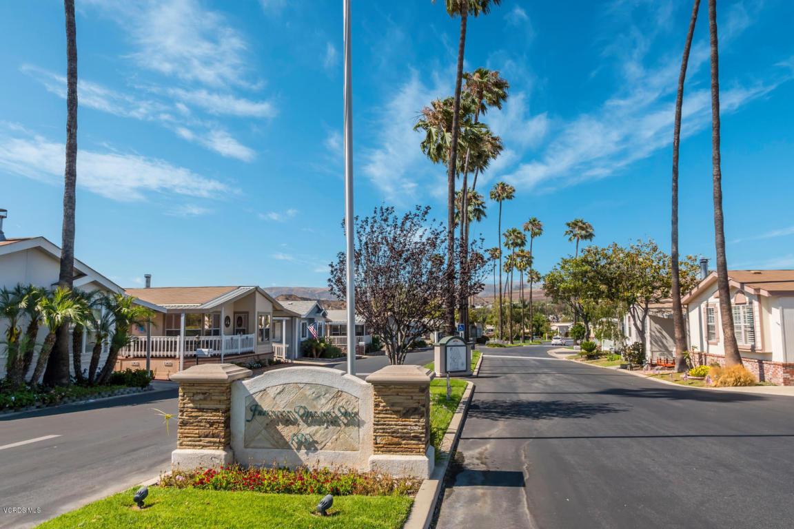 195 Tierra Rejada Road, Simi Valley, CA 93065