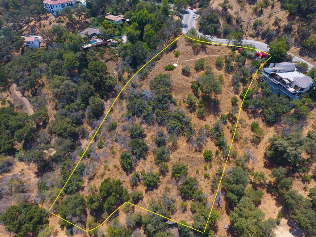 3230 Coldwater Canyon Avenue, Studio City, CA 91604