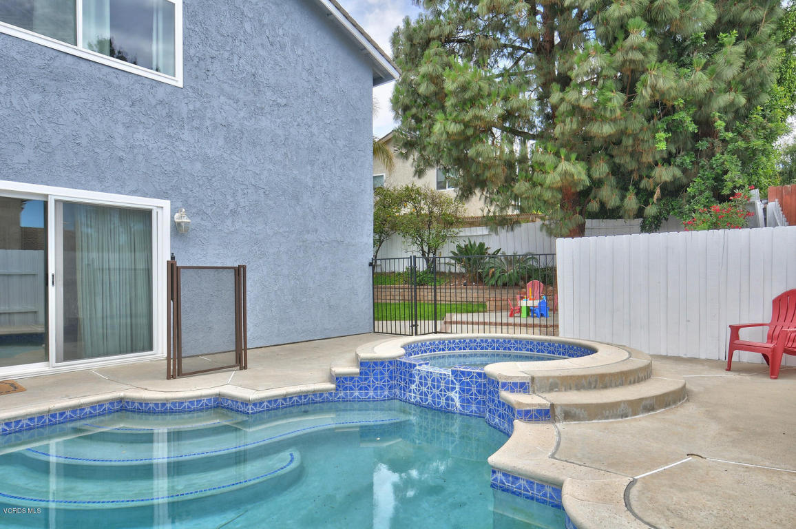 518 Azalea Street, Thousand Oaks, CA 91360