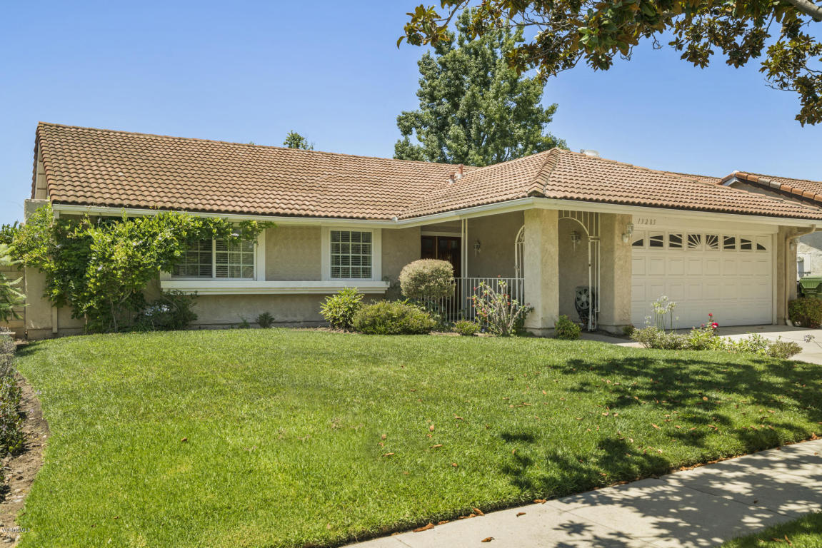 13205 Peach Hill Road, Moorpark, CA 93021