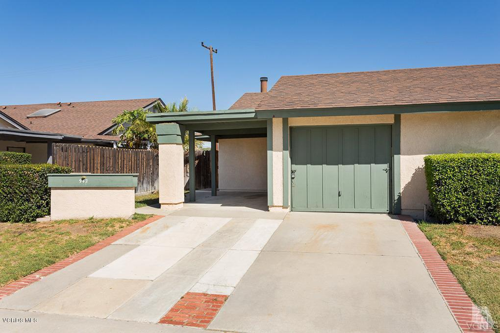942 Stanford Drive, Simi Valley, CA 93065