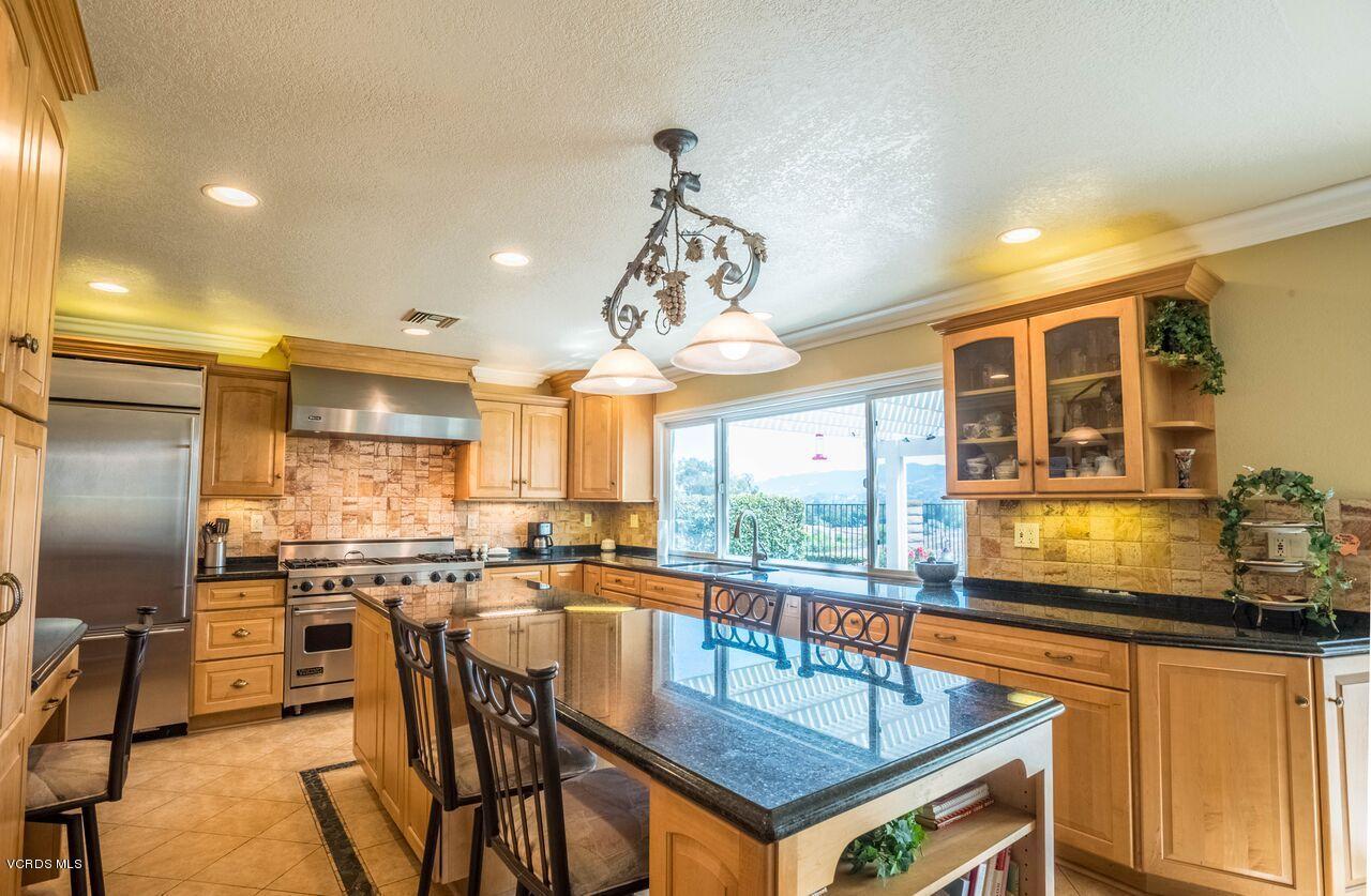 3900 Calle Alta Vista, Newbury Park, CA 91320