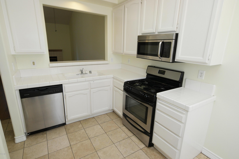 479 Lorenzo Drive, Oak Park, CA 91377