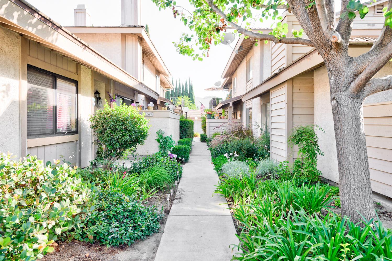 2346 Royal Avenue, Simi Valley, CA 93065