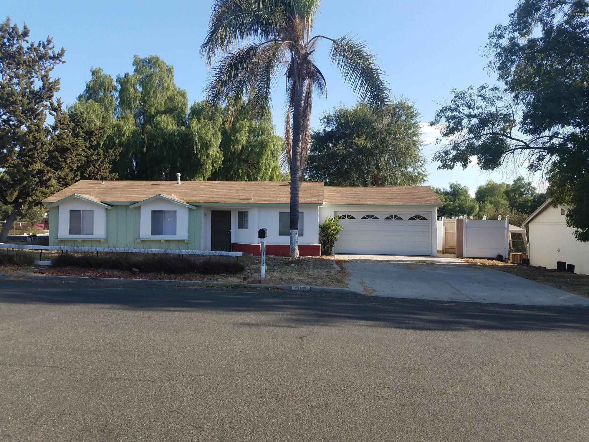 1386 Calle Tulipan, Thousand Oaks, CA 91360