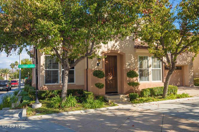 11871 Emilio Court, Moorpark, CA 93021