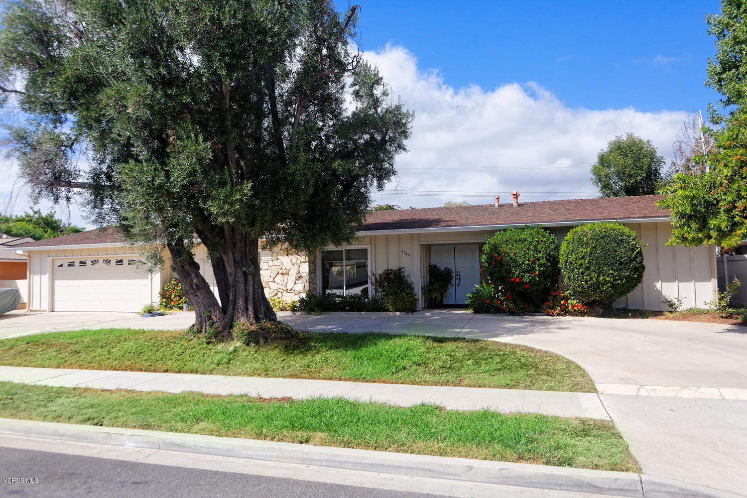 1549 Rugby Circle, Thousand Oaks, CA 91360