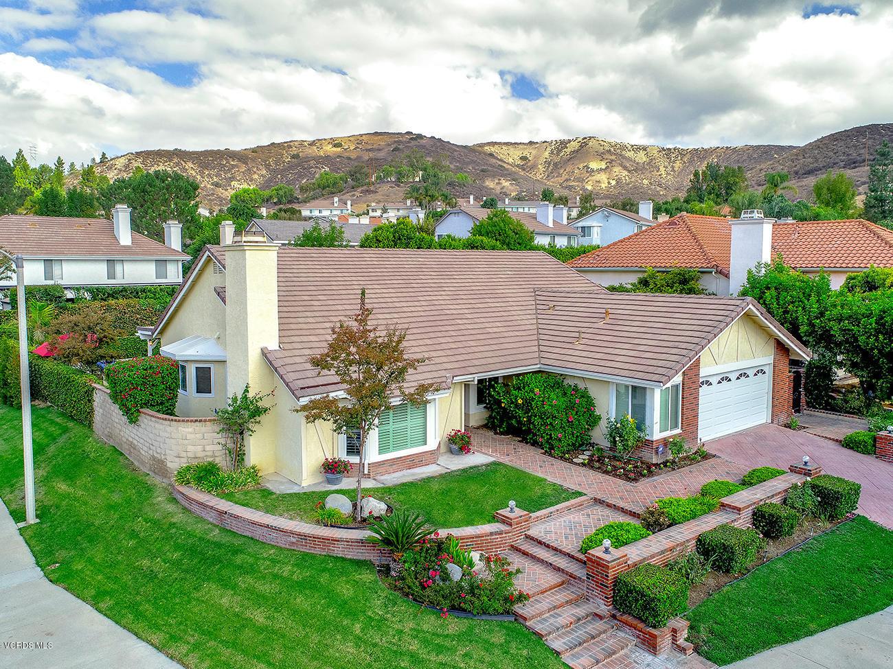 5827 Stonecrest Drive, Agoura Hills, CA 91301