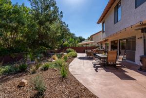 282 Hunters Point Drive, Thousand Oaks, CA 91361