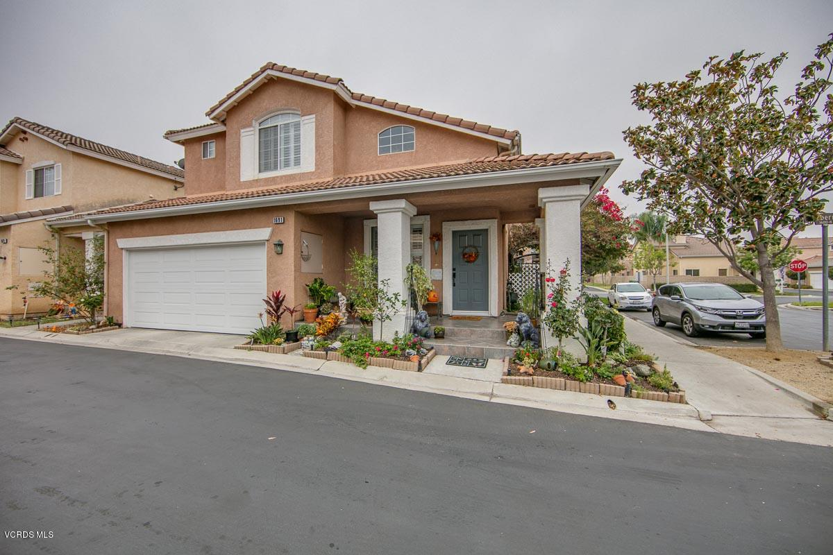 1691 Larksberry Lane, Simi Valley, CA 93065