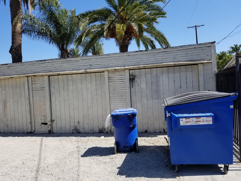7609 S Vermont Avenue, Los Angeles, CA 90044