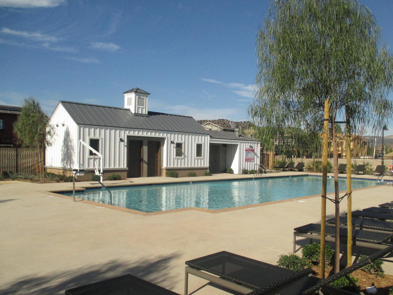 151 Farmhouse Drive, Simi Valley, CA 93065