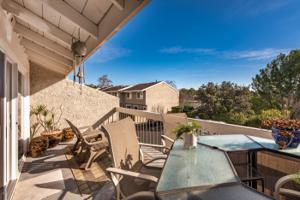 761 Warwick Avenue, Thousand Oaks, CA 91360