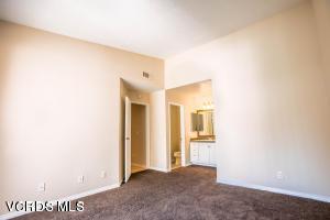 2462 Pleasant Way, Thousand Oaks, CA 91362